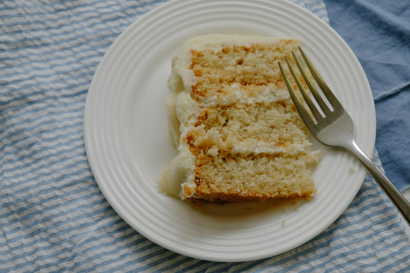 Whiteout Cake | the Tastiest Book